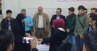"""احتفالية الطلبة العراقيين في جامعة الامام الخميني الدولية بمناسبة """"عيد الام"""" في ايران"""